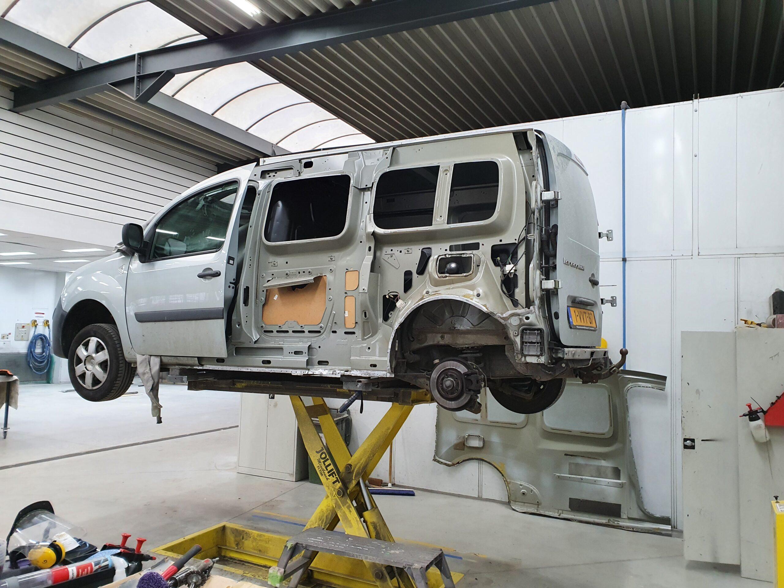 Renault Kangoo vervanging achterscherm
